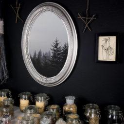 Gothic Decoration Picture Linen - Dr. Pest