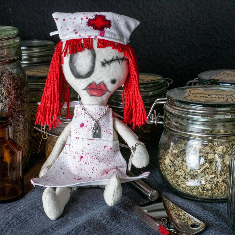 Gothic Puppe Agathe