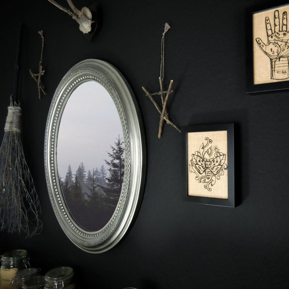 Gothic Deko Bild Leinen - Motte