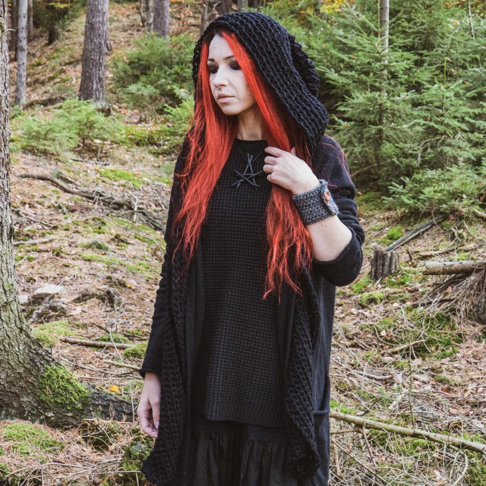 Pagan Kapuzenschal Heks - schwarz